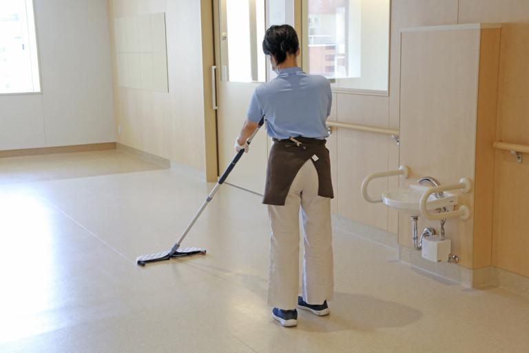 〈日常清掃業務〉